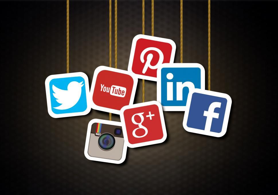 lead-generation-b2b-social